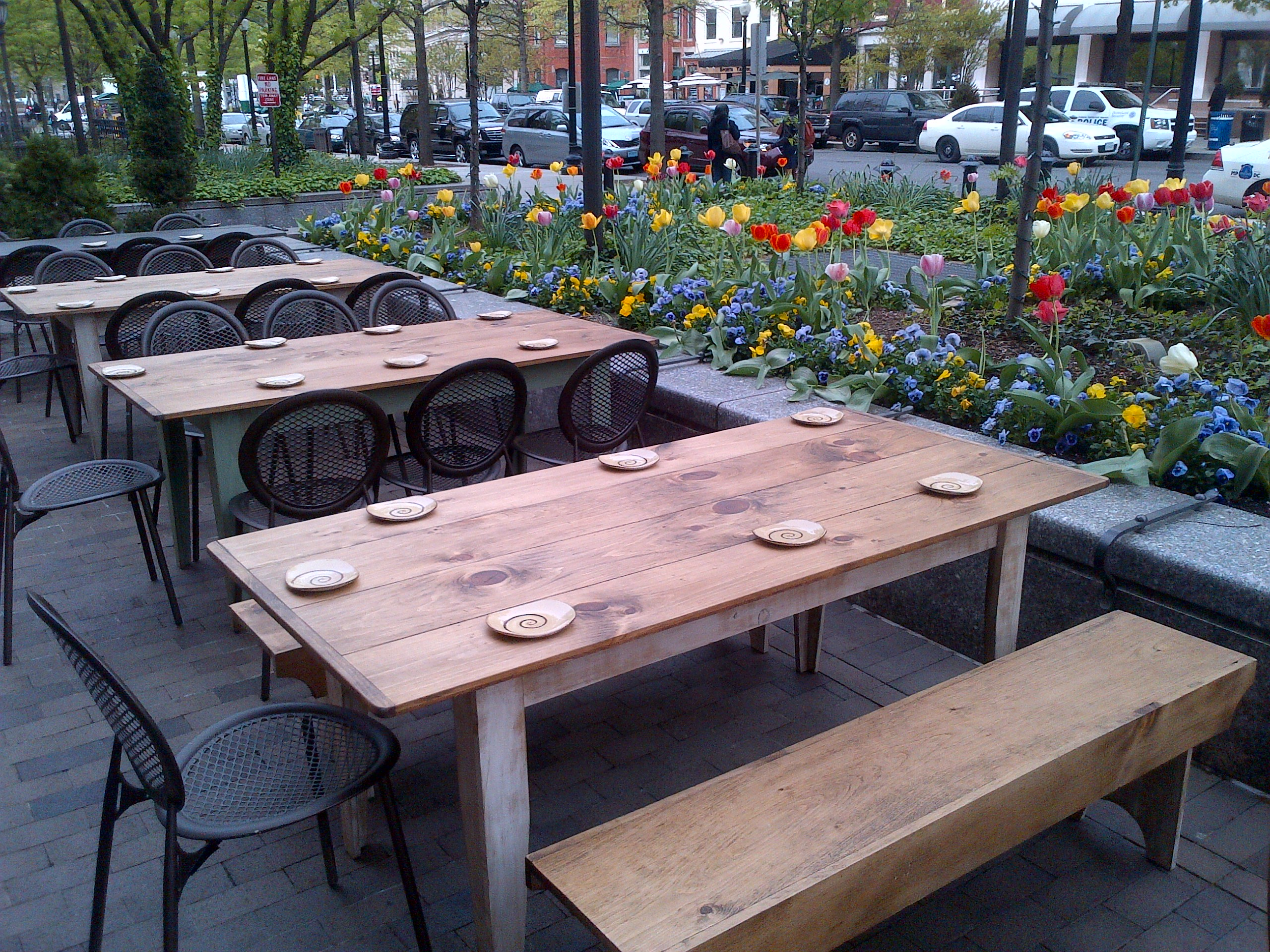 Top 5 Restaurants Near You With Outdoor Dining
